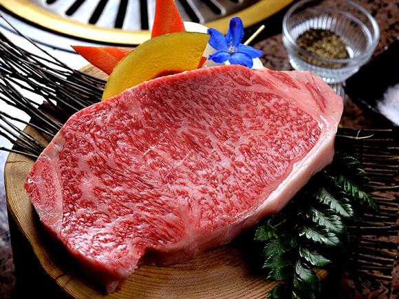 肉酒場WAKUWAKU&肉割烹UKIUKI